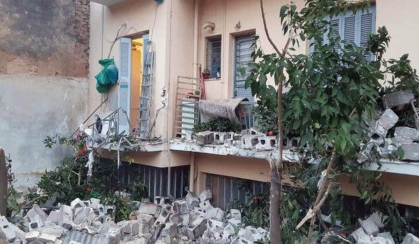 Κατέρρευσε τμήμα της μάντρας του ΚΟΡΟΠΟΥΛΗ - Ευτύχημα που δεν υπήρξαν θύματα…